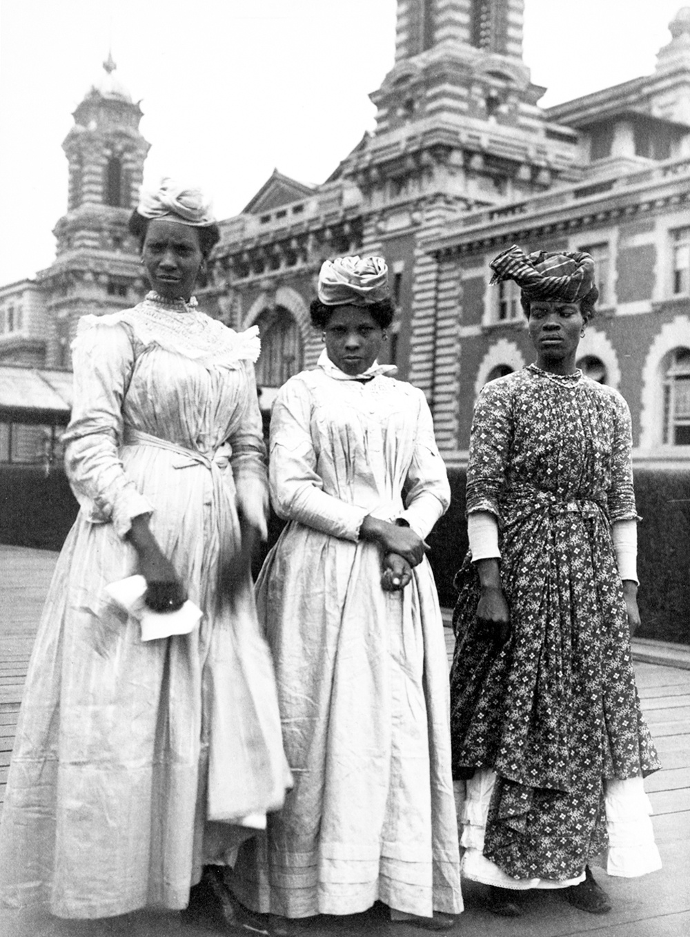 3 women on Ellis Island
